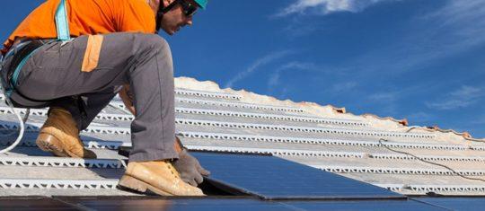 Installateur de panneaux photovoltaïques