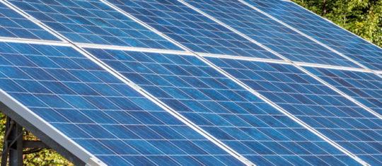Installation photovoltaïque : quel type d'onduleur choisir