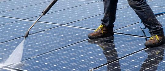 nettoyer ses panneaux solaires